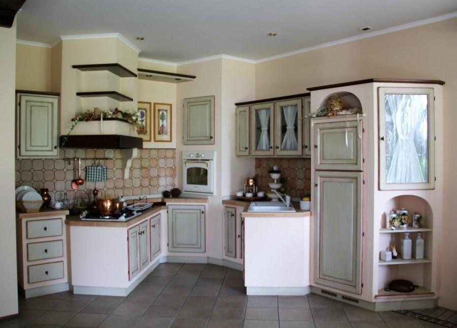 Cucina Toscana Con Ante In Massello Di Castagno Villa