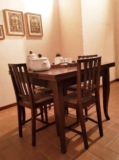 Tavolo noce bonarda + 4 sedie
